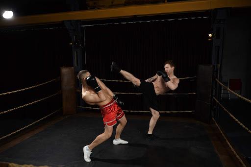 defining kickboxing